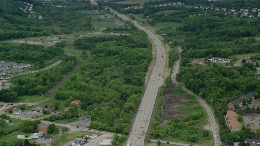 5K stock footage aerial video of light traffic on Interstate 76, Cranberry Township, Pennsylvania Aerial Stock Footage | AX106_027