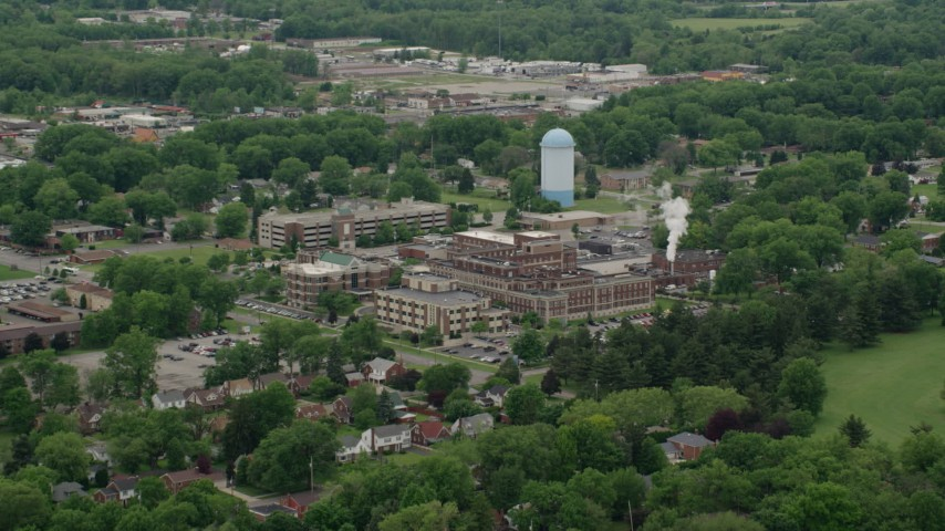 5K stock footage aerial video approaching a hospital complex, Youngstown, Ohio Aerial Stock Footage | AX106_099