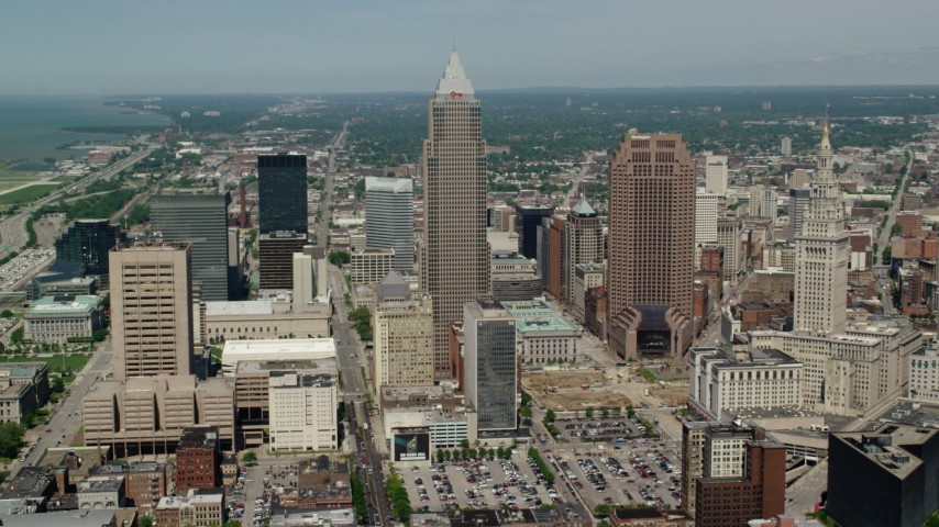 5K aerial video approaching Key Tower and 200 Public Square in Downtown Cleveland, Ohio Aerial Stock Footage | AX106_248