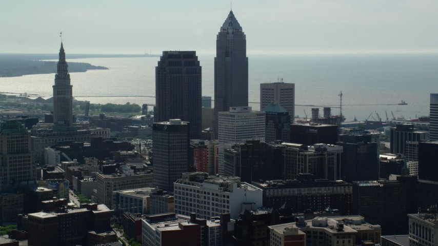 5K stock footage aerial video of 200 Public Square and Downtown Cleveland skyscrapers, Ohio Aerial Stock Footage | AX107_008