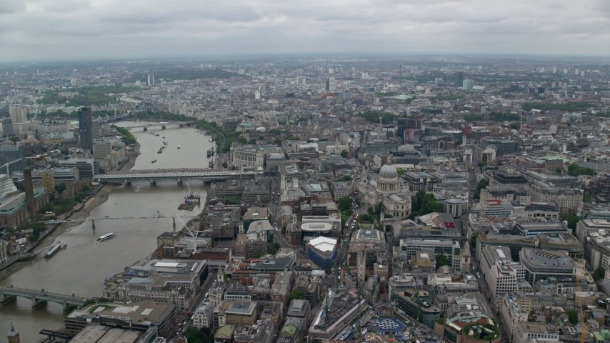 6K stock footage aerial video of approaching St Paul's Cathedral near River Thames, Central London, England Aerial Stock Footage | AX114_038