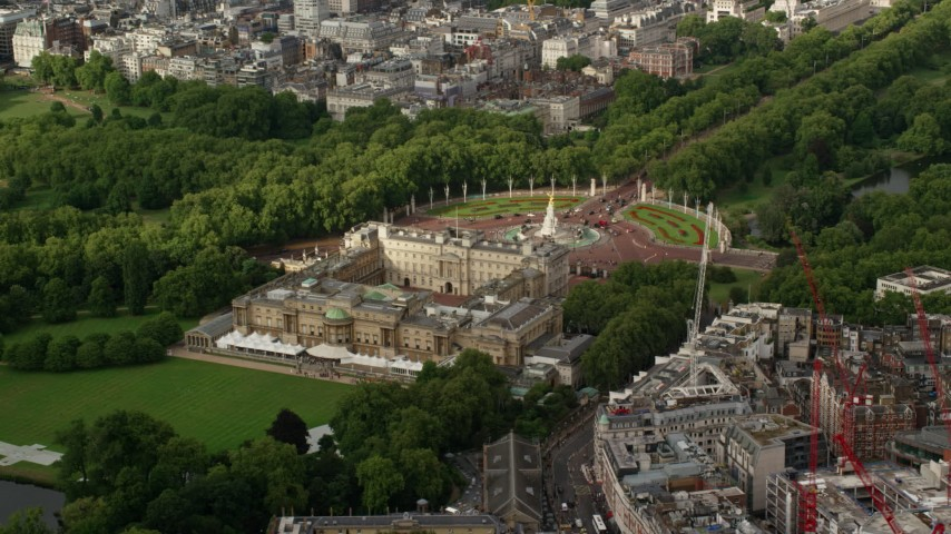 6K stock footage aerial video of an orbit of Buckingham Palace, London, England Aerial Stock Footage | AX115_127