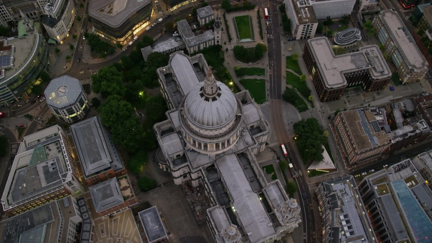 6K stock footage aerial video tilt to bird's eye view of St Paul's Cathedral, London, England, twilight Aerial Stock Footage | AX116_084
