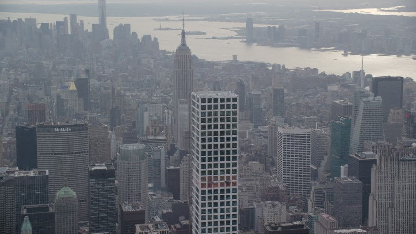 6K aerial video of circling the top of 432 Park Avenue in Midtown Manhattan, New York City Aerial Stock Footage | AX120_166