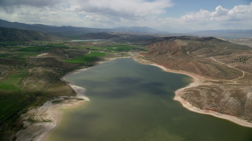 6K stock footage aerial video of the Gunnison Reservoir, low water, Sanpete County, Utah Aerial Stock Footage | AX130_153