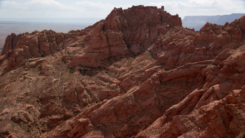 6K stock footage aerial video of approaching mountain peak, Glen Canyon National Recreation Area, Utah, Arizona Aerial Stock Footage | AX131_193