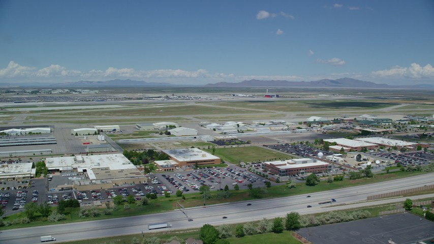 Approaching Salt Lake City International Airport, Utah Aerial Stock Footage | AX140_263