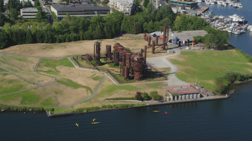 5K stock footage aerial video approach Gas Works Park on the shore of Lake Union, Wallingford, Seattle, Washington Aerial Stock Footage AX47_066 | Axiom Images