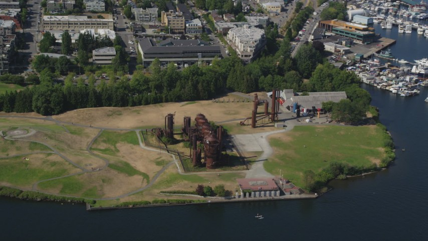 5K stock footage aerial video tilt and flyby Gas Works Park beside Lake Union, Wallingford, Seattle, Washington Aerial Stock Footage | AX47_075
