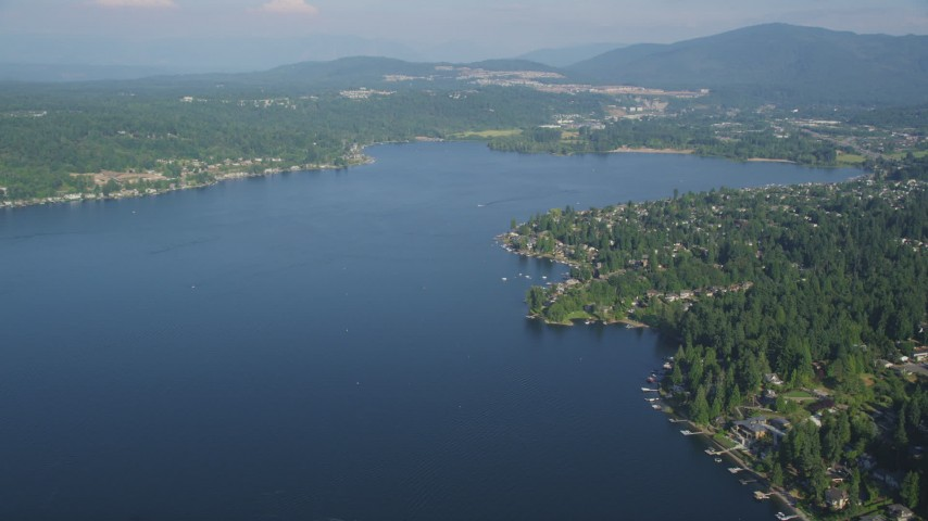 5K stock footage aerial video of waterfront homes in Issaquah on the shore of Lake Sammamish, Washington Aerial Stock Footage | AX48_016