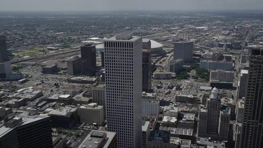 5K stock footage aerial video approach and fly over One Shell Square in Downtown New Orleans, Louisiana Aerial Stock Footage | AX59_018