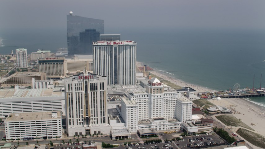 5K stock footage aerial video of beachfront hotels in Atlantic City and Steel Pier, New Jersey Aerial Stock Footage | AX71_171