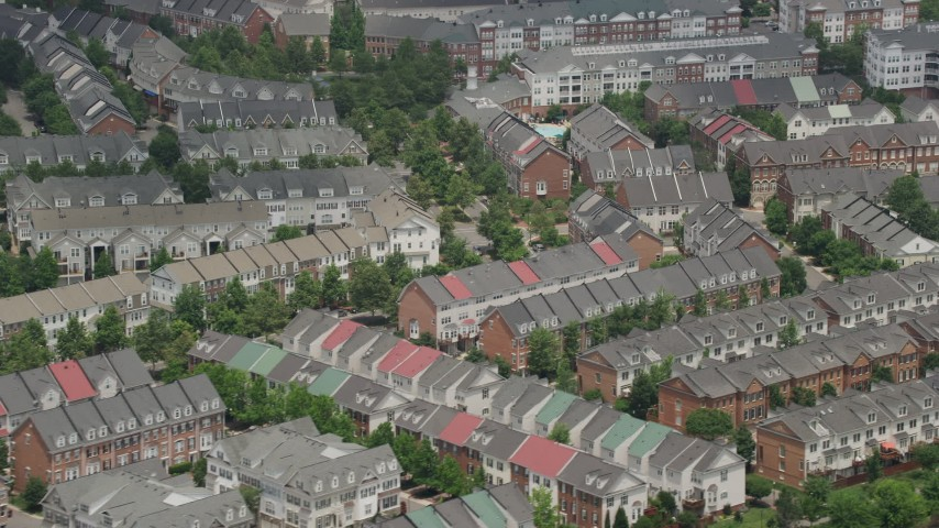5K aerial video passing row houses in Alexandria, Virginia Aerial Stock Footage | AX74_024