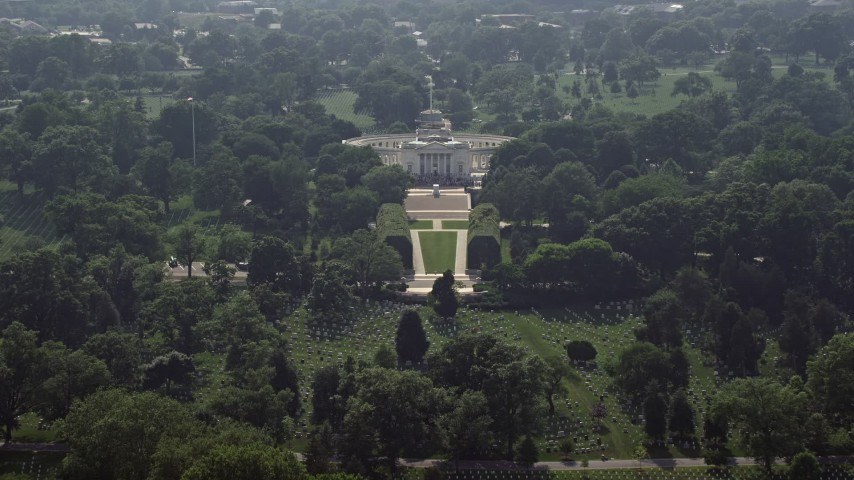 5K aerial video approaching the Tomb of the Unknown Soldier at Arlington National Cemetery, Washington DC Aerial Stock Footage | AX75_136