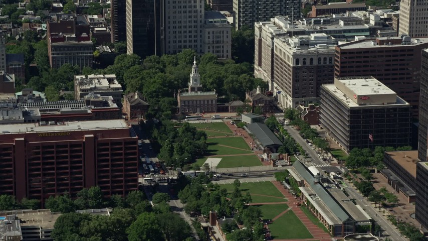 5K stock footage aerial video of Independence Hall at the end of Independence Mall in Philadelphia, Pennsylvania Aerial Stock Footage | AX82_007