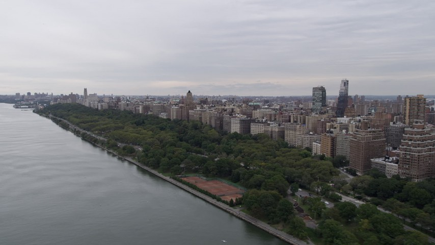 4K stock footage aerial video Flying by Riverside Park, Upper West Side, New York, New York Aerial Stock Footage | AX84_031