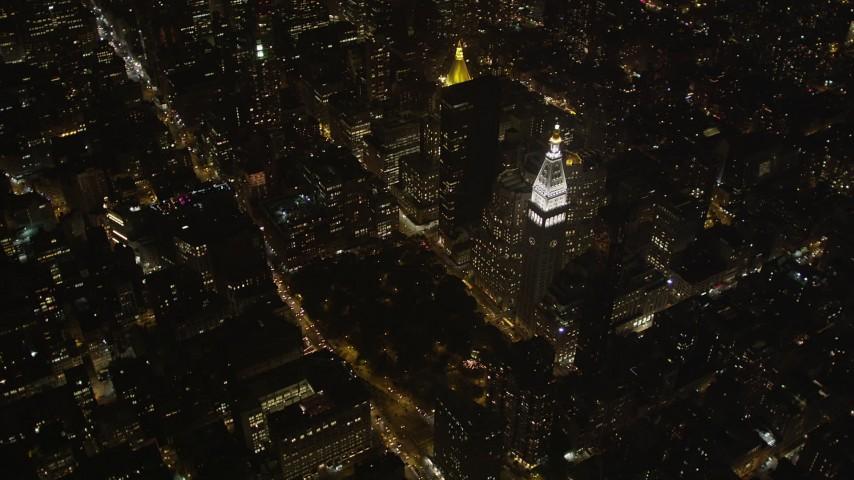 4K stock footage aerial video Metropolitan Life Insurance Company Tower, Midtown Manhattan, New York, night Aerial Stock Footage | AX85_035
