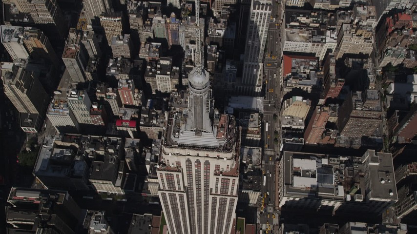 4K stock footage aerial video Bird's eye view of Empire State Building, Midtown Manhattan, New York, New York Aerial Stock Footage | AX87_078