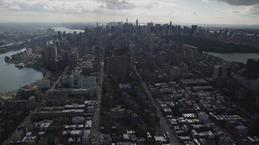 4K stock footage aerial video Flying over apartment buildings, Upper East Side, Midtown Manhattan, New York Aerial Stock Footage | AX87_133