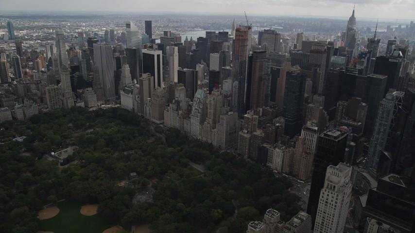 5k aerial video Approaching Midtown Manhattan skyscrapers, New York, New York Aerial Stock Footage | AX87_149
