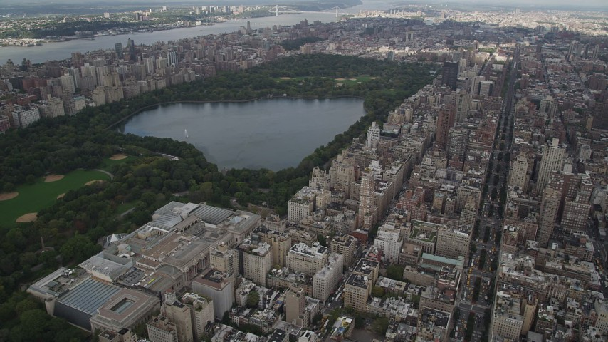 4K stock footage aerial video Flying over Upper East Side, Central Park, Metropolitan Museum of Art, New York Aerial Stock Footage | AX87_154