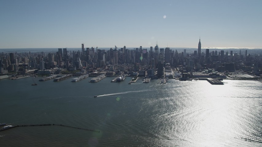4K stock footage aerial video of flying by Midtown Manhattan and Hudson River, seen from Union City, New Jersey Aerial Stock Footage | AX91_005