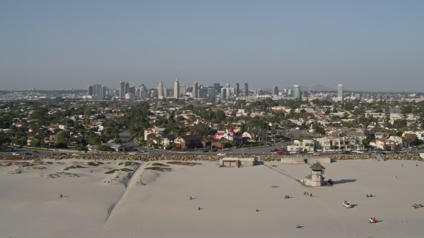 4K stock footage aerial video of the city skyline and beachfront property, Downtown San Diego and Coronado, California Aerial Stock Footage | DCA08_214
