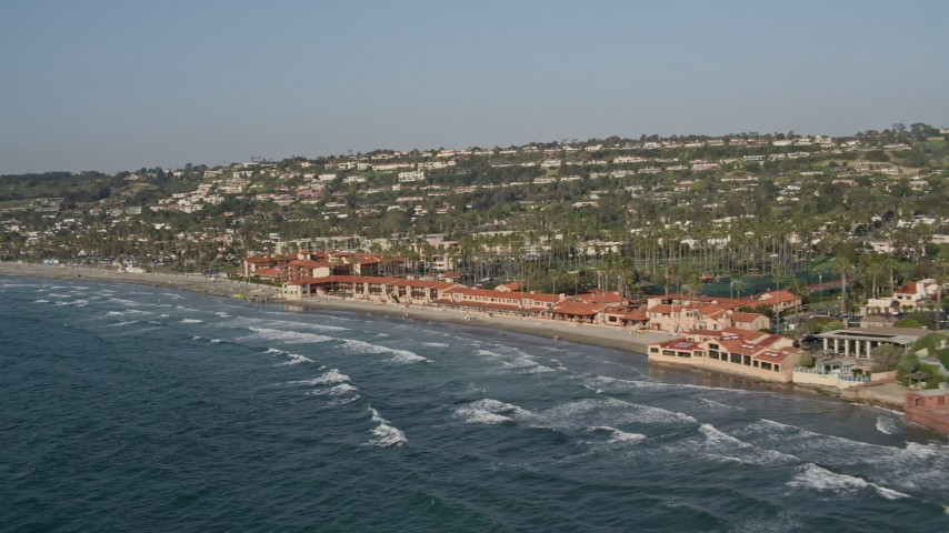 4K aerial video of a beachfront hotel and park, La Jolla, California Aerial Stock Footage | DCA08_247