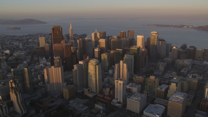 5K Aerial Video View of the Downtown San Francisco cityscape and San Francisco Bay, California, twilight Aerial Stock Footage | DCSF10_003