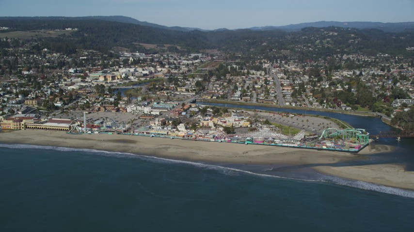 Flying by the Santa Cruz Beach Boardwalk, Santa Cruz, California Aerial Stock Footage | DFKSF15_130