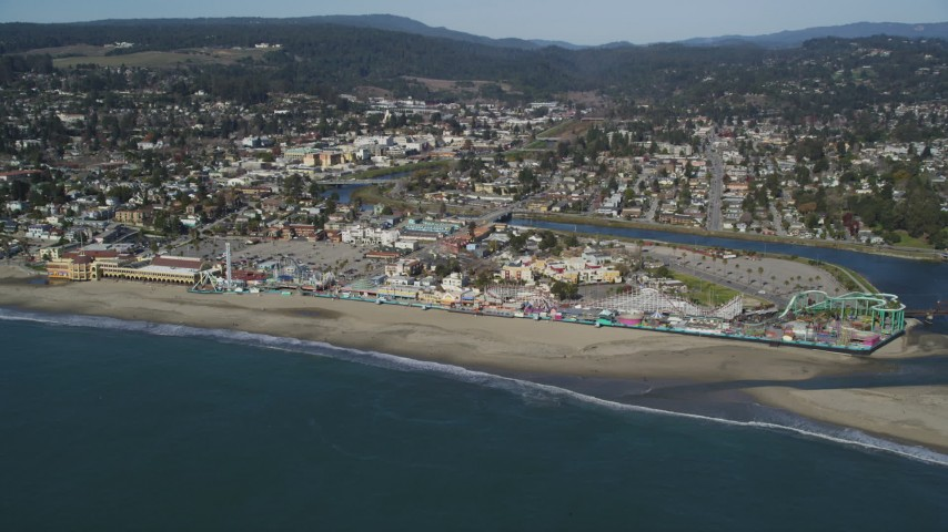 5K stock footage aerial video of the Santa Cruz Beach Boardwalk, Santa Cruz, California Aerial Stock Footage | DFKSF15_130