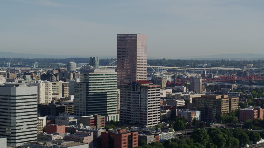 5.7K stock footage aerial video of the U.S. Bancorp Tower, skyscrapers and office buildings, Downtown Portland, Oregon Aerial Stock Footage | DX0001_000212