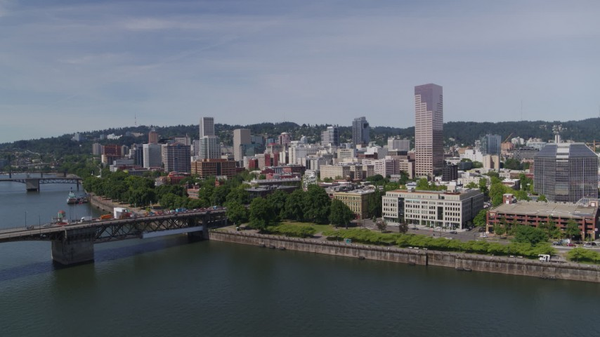 5.7K stock footage aerial video of Burnside Bridge, Willamette River and Downtown Portland, Oregon Aerial Stock Footage | DX0001_000248