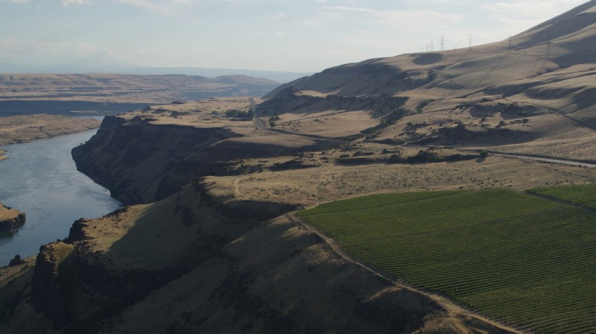 5.7K stock footage aerial video of Lewis and Clark Highway seen from Maryhill Winery in Goldendale, Washington Aerial Stock Footage | DX0001_000509