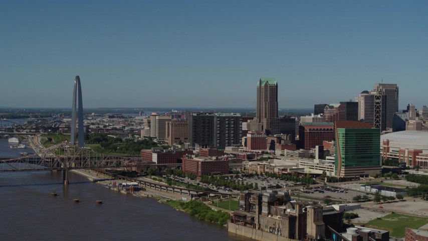 5.7K stock footage aerial video a view of the Gateway Arch and Downtown St. Louis, Missouri Aerial Stock Footage | DX0001_000615