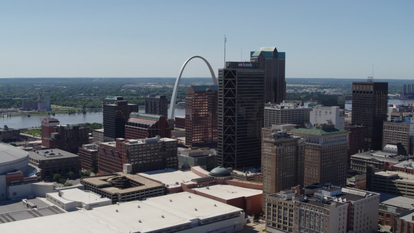5.7K aerial video Gateway Arch and office buildings seen from convention center, Downtown St. Louis, Missouri Aerial Stock Footage | DX0001_000633
