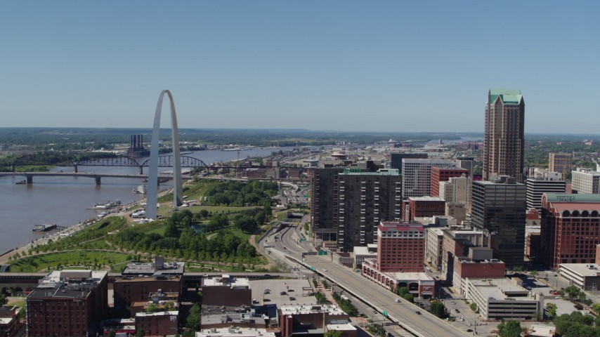 5.7K stock footage aerial video I-44 between Gateway Arch and office buildings in Downtown St. Louis, Missouri Aerial Stock Footage | DX0001_000636
