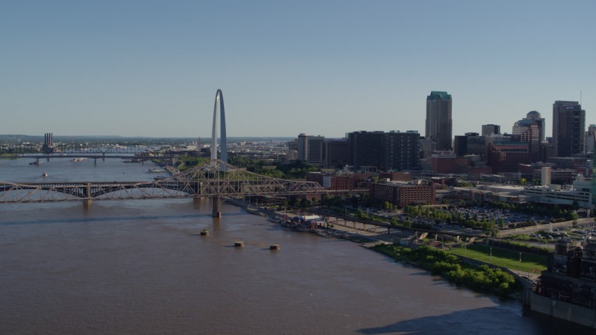 5.7K stock footage aerial video of the bridge and Gateway Arch in Downtown St. Louis, Missouri Aerial Stock Footage | DX0001_000653