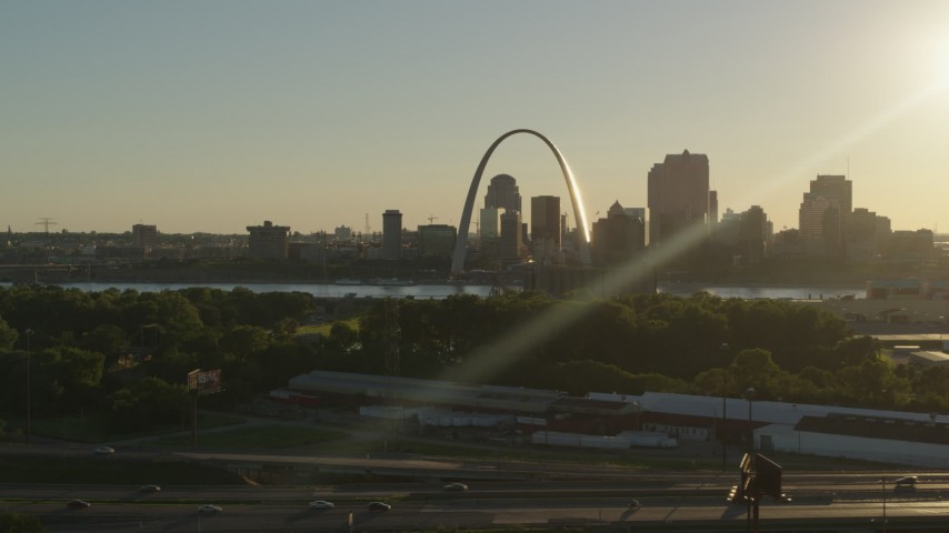 5.7K stock footage aerial video of the Gateway Arch and skyline, Downtown St. Louis, Missouri Aerial Stock Footage | DX0001_000695