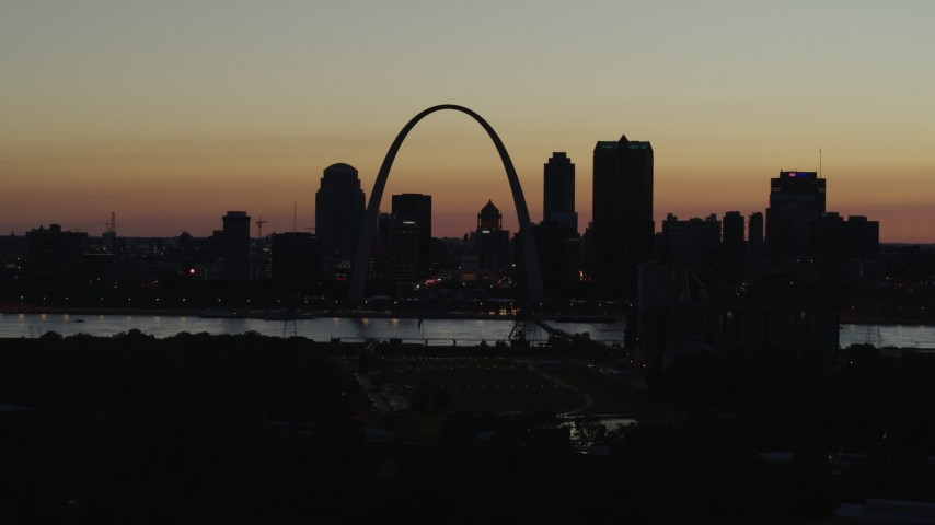 5.7K aerial video of the Downtown St. Louis, Missouri skyline at twilight Aerial Stock Footage | DX0001_000766