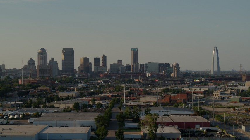 5.7K aerial video of view across the city of skyline and Gateway Arch, Downtown St. Louis, Missouri Aerial Stock Footage | DX0001_000836
