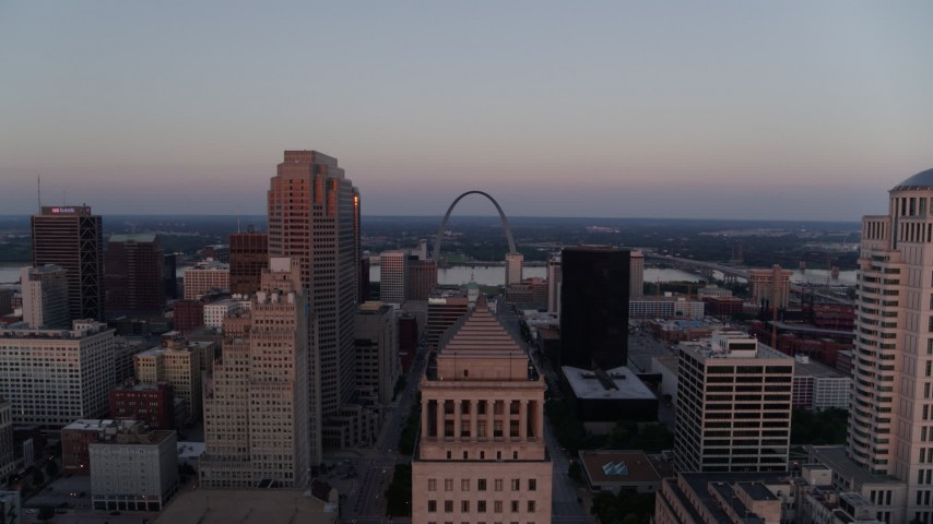 5.7K stock footage aerial video stationary view of the Arch at twilight before flying away, Downtown St. Louis, Missouri Aerial Stock Footage | DX0001_000876