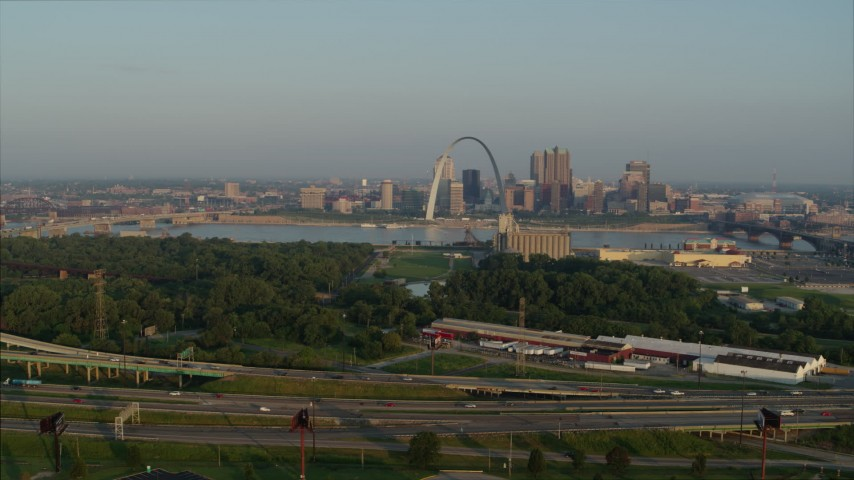 5.7K stock footage aerial video of the Gateway Arch seen from I-55 in East St. Louis in the morning, Downtown St. Louis, Missouri Aerial Stock Footage | DX0001_000967
