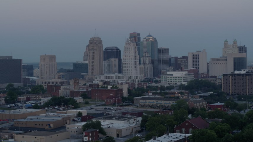 5.7K stock footage aerial video of the city's tall skyscrapers at twilight in Downtown Kansas City, Missouri Aerial Stock Footage | DX0001_000984