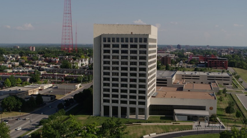 5.7K stock footage aerial video fly around a government office building in Kansas City, Missouri Aerial Stock Footage | DX0001_001115