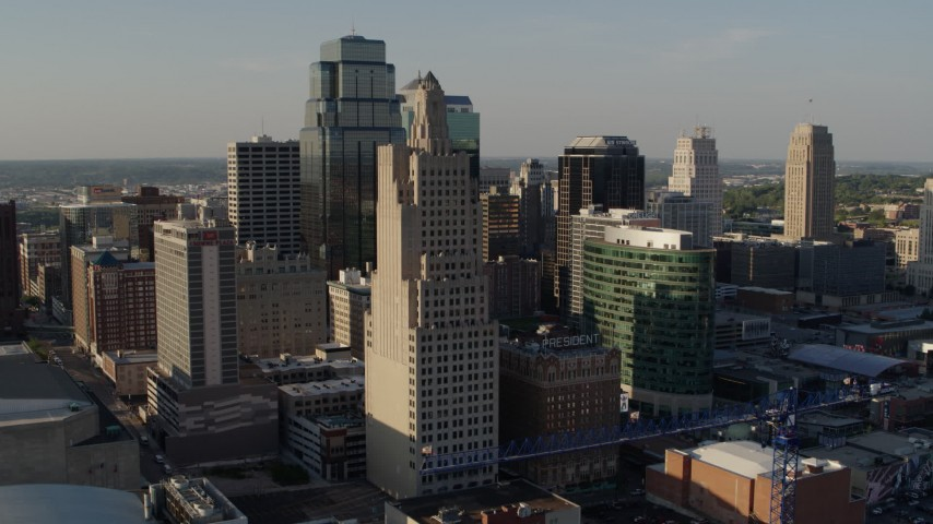 5.7K stock footage aerial video of passing city skyscrapers in Downtown Kansas City, Missouri Aerial Stock Footage | DX0001_001159