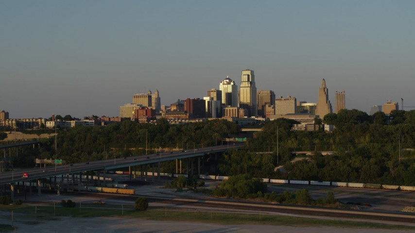 5.7K stock footage aerial video of the skyline at sunset in Downtown Kansas City, Missouri Aerial Stock Footage | DX0001_001167