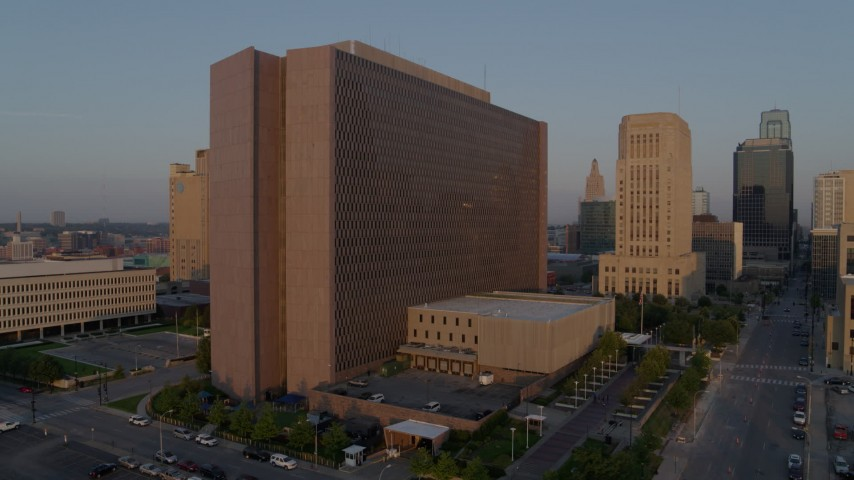 5.7K stock footage aerial video static and side view of a government building at sunrise, Downtown Kansas City, Missouri Aerial Stock Footage | DX0001_001205