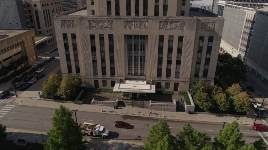 5.7K stock footage aerial video of flying away from the city hall entrance in Downtown Kansas City, Missouri Aerial Stock Footage | DX0001_001296