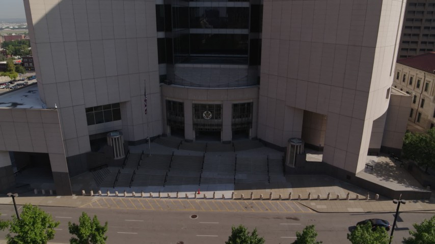 5.7K stock footage aerial video stationary view of federal courthouse entrance in Downtown Kansas City, Missouri Aerial Stock Footage | DX0001_001303